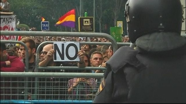 Spain Protestors Clash with Police