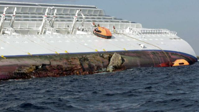 Passenger describes 'complete chaos' on sunken cruise ship