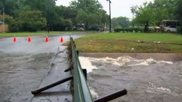 Heavy Flooding Hits TX