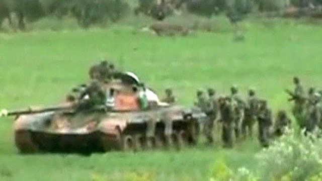Syrian Government Sends in Tanks
