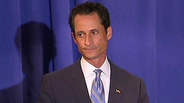 Weiner Answers Reporters' Questions, Won't Resign 2