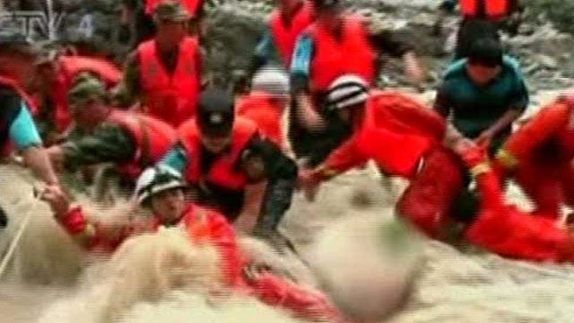 Around the World: Major Downpours Trigger Floods in China